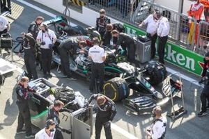Valtteri Bottas, Mercedes F1 W11, in the pits