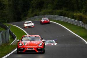 #977 Porsche 718 Cayman GT4 CS: Karsten Kraemer, Alexey Veremenko, Heiko Tönges, Sascha Kloft