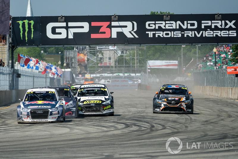 Mattias Ekstrom, EKS Audi Sport leads at the start
