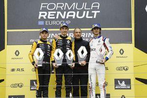 Podium: Racewinnaar Christian Lundgaard, MP motorspor, tweede plaats Max Fewtrell, R-Ace GP, derde plaats Lorenzo Colombo, JD motorsport
