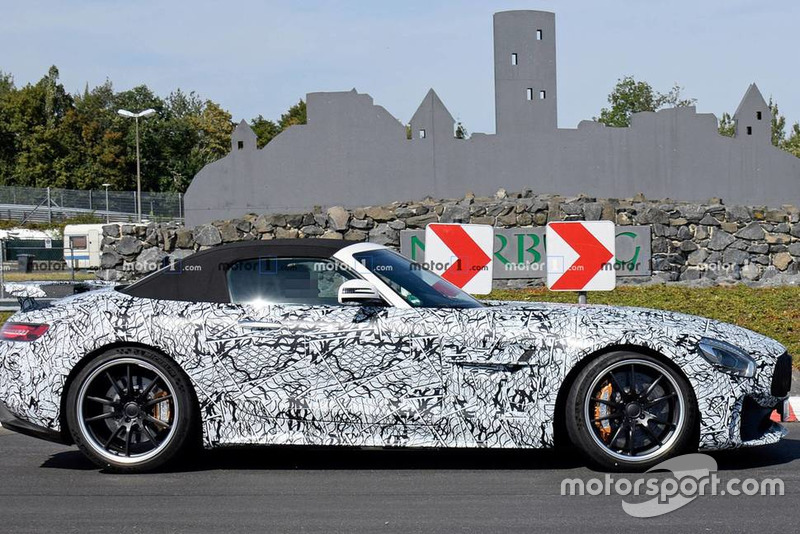 Шпигунські фото Mercedes-AMG GT-R Roadster