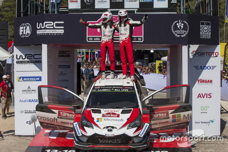 Yarış galibi Ott Tänak, Martin Järveoja, Toyota Gazoo Racing WRT Toyota Yaris WRC
