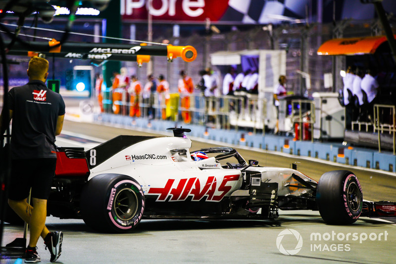 Romain Grosjean, Haas F1 Team VF-18, leaves the garage