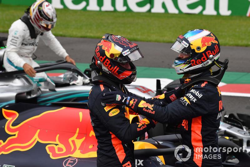 Daniel Ricciardo, Red Bull Racing y Max Verstappen, Red Bull Racing celebran en Parc Ferme