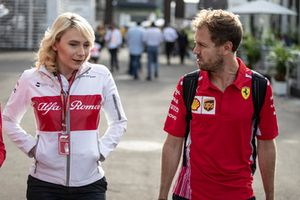 Ruth Buscombe, Sauber Race Strategist and Sebastian Vettel, Ferrari
