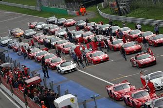 Ferrari in griglia di partenza