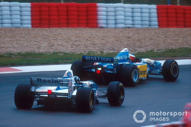 Michael Schumacher, Benetton B195 voor Damon Hill, Williams FW17B