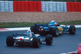 Michael Schumacher, Benetton B195; Damon Hill, Williams FW17B