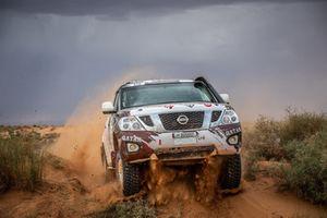 #316 QX Rally Team Nissan: Adel Abdulla, Jean-Michel Polato