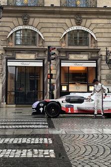 Romain Dumans, Porsche 919, Paris sokaklarında