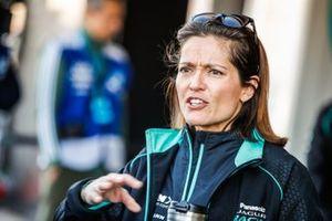 Presentadora Amanda Stretton de Panasonic Jaguar Racing