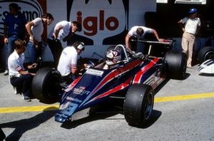 Nigel Mansell made his Formula One debut racing a Lotus 81B