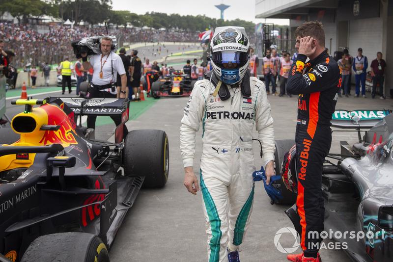 Valtteri Bottas, Mercedes AMG F1 in Parc Ferme with Max Verstappen, Red Bull Racing