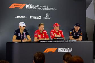 Esteban Ocon, Racing Point Force India, Sebastian Vettel, Ferrari, Kimi Raikkonen, Ferrari en Max Verstappen, Red Bull Racing, in de persconferentie
