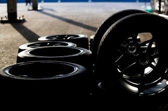Tyres in de pitlane