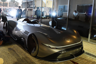 Coche concepto Mercedes-Benz, EQ Silver Arrow