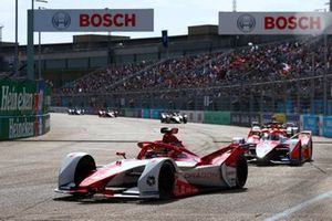 Sergio Sette Camara, Dragon Penske Autosport, Penske EV-5, Alex Lynn, Mahindra Racing, M7Electro