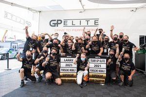 Champion Larry ten Voorde, GP Elite with the team