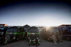 Kawasaki trucks
