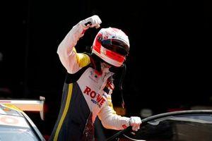 Polesitter Sheldon van der Linde, ROWE Racing