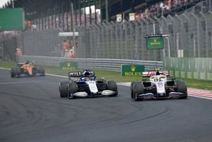 Mick Schumacher, Haas VF-21 , George Russell, Williams FW43B
