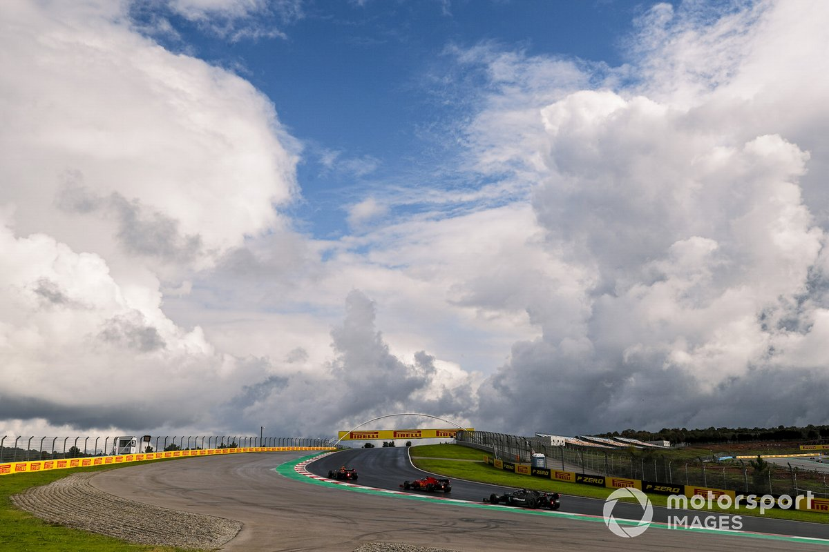 Alex Albon, Red Bull Racing RB16, Sebastian Vettel, Ferrari SF1000, Lewis Hamilton, Mercedes F1 W11