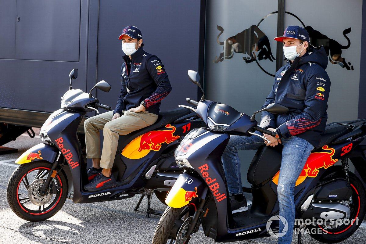Max Verstappen, Red Bull Racing y Sergio Pérez, Red Bull Racing