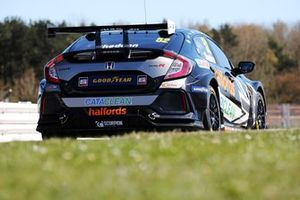 Gordon Shedden, Halfords Racing with Cataclean Honda Civic Type R