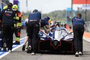 Mechanics move a Robin Frijns Envision Virgin Racing Audi e-tron FE07, in the pit lane
