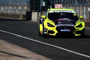 Rick Parfitt Jr, Excelr8 Trade Price Cars Hyundai i30 Fastback N Performance