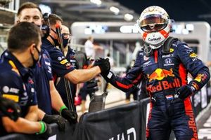 Max Verstappen, Red Bull Racing, celebrates with his team after securing pole position