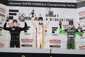 名取鉄平 Teppei Natori(B-MAX RACING TEAM)、三宅淳詞 Atsushi Miyake(ルーニースポーツ)、ジュリアーノ・アレジ Giuliano Alesi(TOM'S)