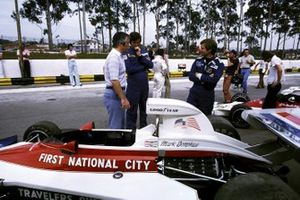 Mark Donohue, Penske PC1, mit Roger Penske