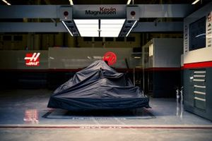 Car of Kevin Magnussen, Haas VF-20 in the garage