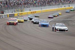 William Byron, Hendrick Motorsports, Chevrolet Camaro, Kyle Larson, Hendrick Motorsports, Chevrolet Camaro, Martin Truex Jr., Joe Gibbs Racing, Toyota Camry