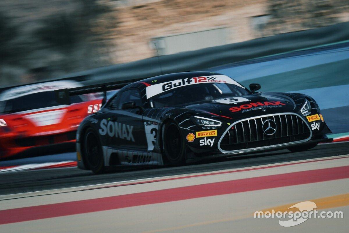 #3 Ram Racing, Mercedes-AMG GT3 John Loggie, Chris Froggatt, Callum MacLeod