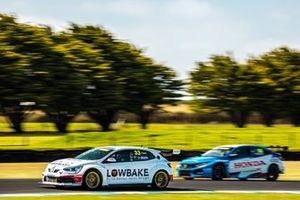 Dylan O'Keeffe, Garry Rogers Motorsport Renault Megane R.S