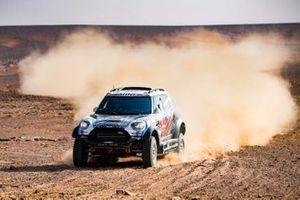 #317 X-Raid Mini JCW Rally Team Bmw: Vladimir Vasilyev, Dmitro Tsyro