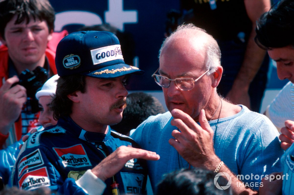 Murray chats to Keke Rosberg after his maiden F1 victory at Dijon in 1982.