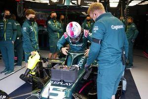 Sebastian Vettel, Aston Martin AMR21, settles into his seat