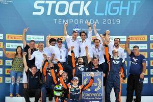 Guilherme Salas é campeão da Stock Light 2019