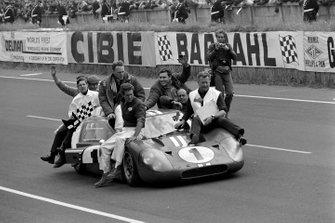 Dan Gurney, A.J. Foyt, Shelby American, alla 24 ore di Le Mans del 1967