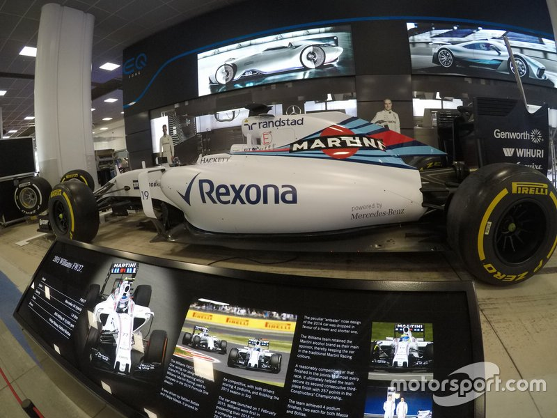 Williams FW37, 2015