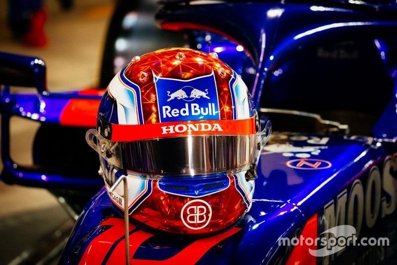 El casco de Pierre Gasly para el GP de Abu Dhabi