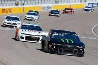 Kurt Busch, Chip Ganassi Racing, Chevrolet Camaro Monster Energy and Alex Bowman, Hendrick Motorsports, Chevrolet Camaro LLUMAR