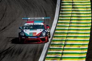 A saga dos irmãos Vitor e Felipe Baptista na corrida final da Porsche em Interlagos