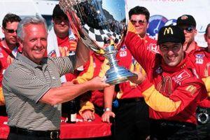 Ganador Tony Kanaan