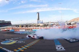 Race Winner Denny Hamlin, Joe Gibbs Racing, Toyota Camry FedEx Ground