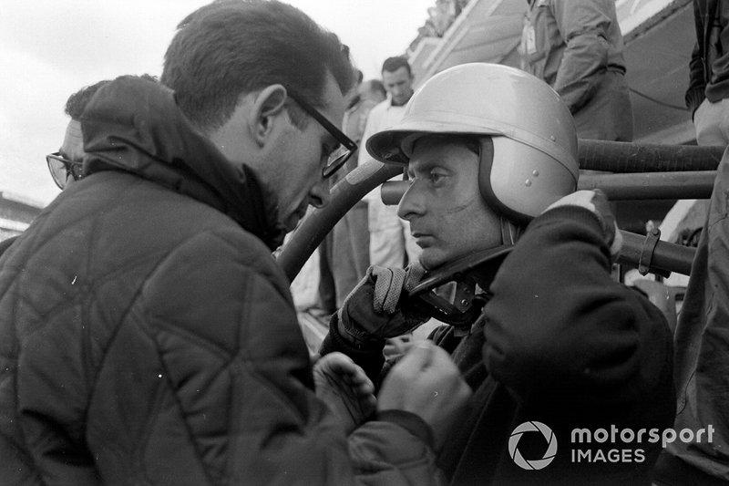 Nino Vaccarella, Ferrari 275P en Mauro Forghieri