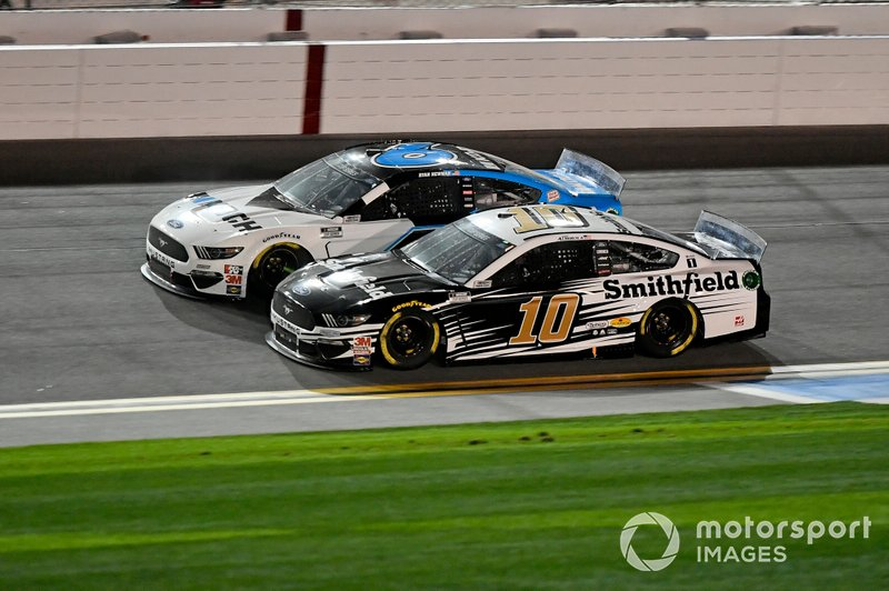 Aric Almirola, Stewart-Haas Racing, Ford Mustang Smithfield, Ryan Newman, Roush Fenway Racing, Ford Mustang Koch Industries
